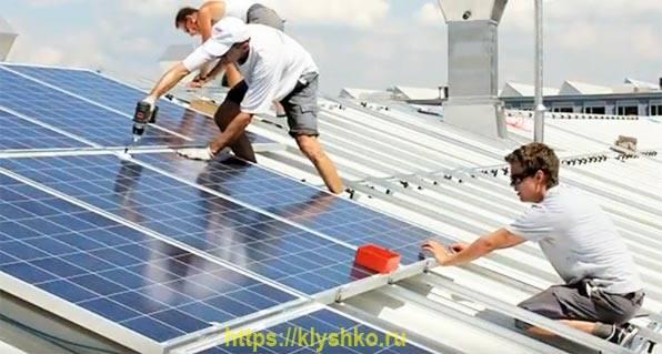 Солнечная-батарея-на-крыше